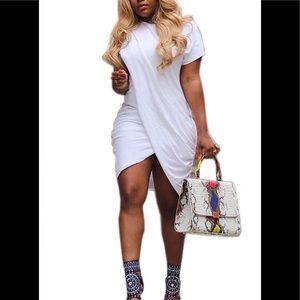 Dresses & Skirts - Whit T-Shirt Dress